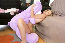 Natalia Queen Tiny Play Time Pussy - Exxxtra Small