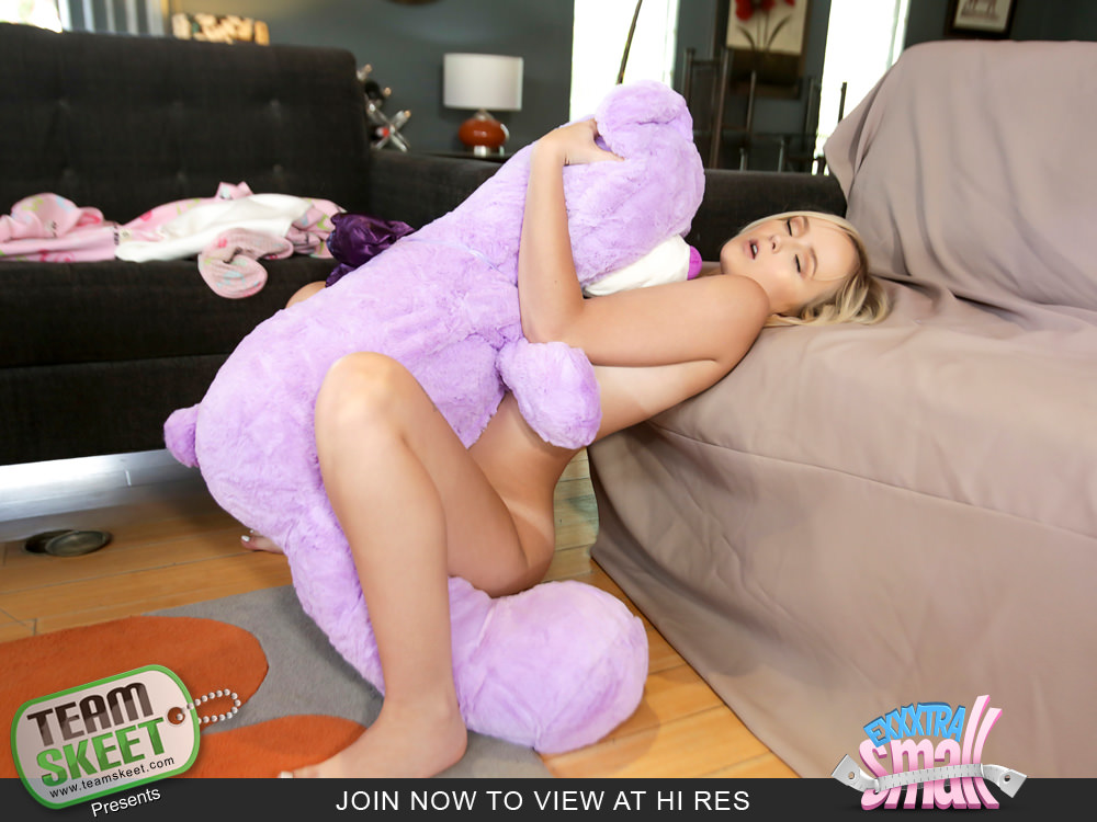 Natalia Queen on Exxxtra Small - Riding Fluffy Toy Bear